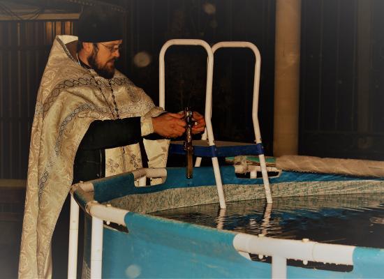 В станице Луковской на праздник Крещения Господня прошли крещенские купания