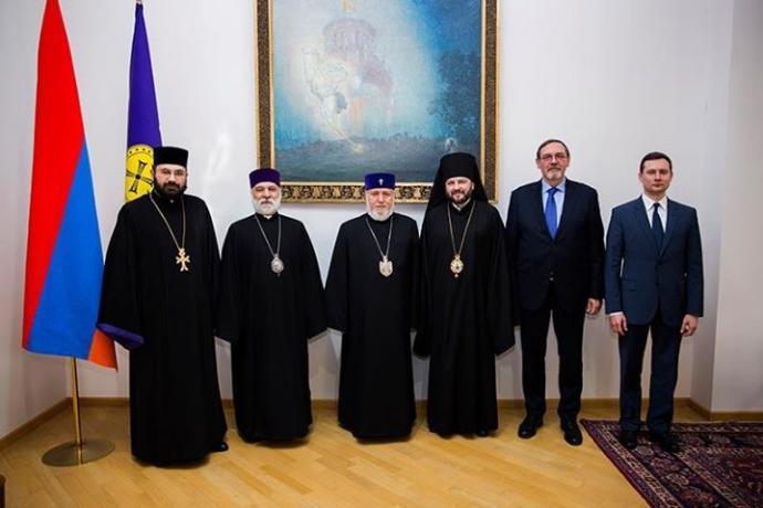 Епископ Владикавказский и Аланский Леонид находится с первым официальным визитом в Республике Армения